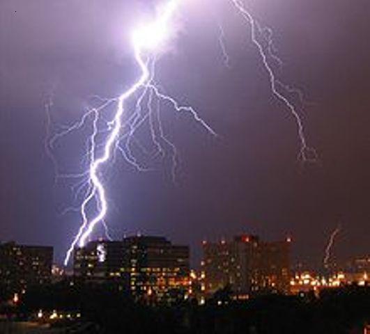 thunderstorm1